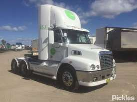 2011 Freightliner Century Class C112 - picture0' - Click to enlarge