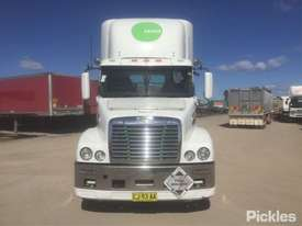 2011 Freightliner Century Class C112 - picture1' - Click to enlarge