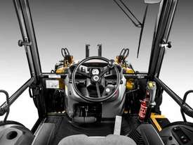 NEW HOLLAND B90B BACKHOE LOADER - picture2' - Click to enlarge