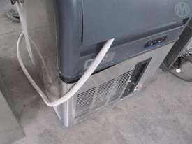 Deluxe ICE Machine - picture0' - Click to enlarge