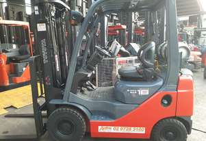 Toyota Forklift 8FG18 Container Mast Low Hours Inbuilt Scale 2012 Model Solid Tyres