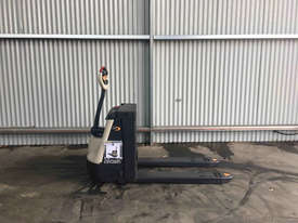 Crown  Pallet Jack Jack/Lifting - picture0' - Click to enlarge