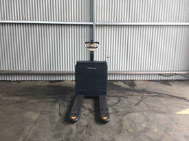 Crown  Pallet Jack Jack/Lifting - picture2' - Click to enlarge