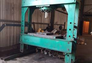 LARGE WORKSHOP HYDRAULIC PRESS WITH POWER PACK UNIT