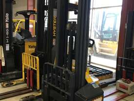 1.45T Battery Electric Walkie Stacker - picture0' - Click to enlarge