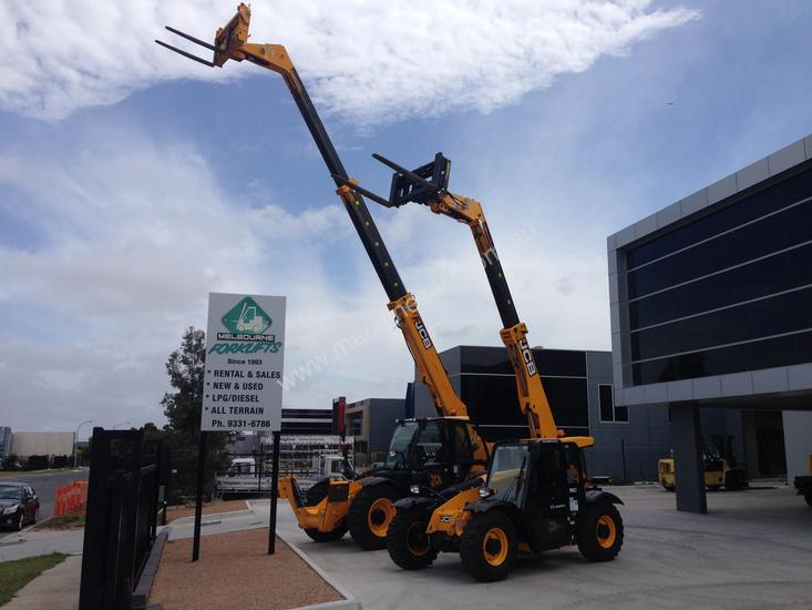 JCB 527-58C for hire only
