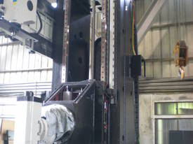 Eumach Travel Column CNC Bed Mills - picture9' - Click to enlarge