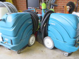 Tennant 1160 Carpet extractor - picture0' - Click to enlarge