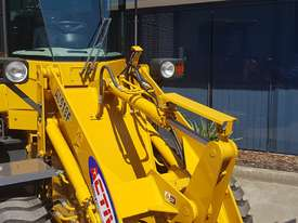 Active Machinery 5 Tonne AL918F Wheel Loader - picture1' - Click to enlarge
