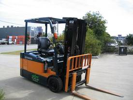 TOYOTA 7FBE20 **Container Mast**LOW HOURS - picture9' - Click to enlarge