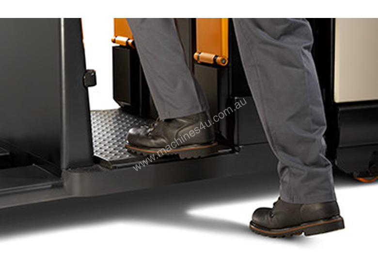 Crown Electric Pallet Truck PC Series