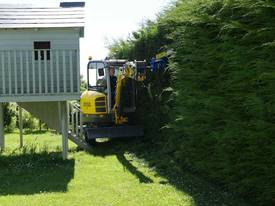 Slanetrac HC150 Excavator Hedge Trimmer Attachment - picture15' - Click to enlarge