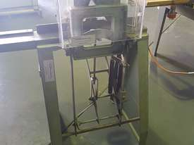 Jyden Framing Guillotine - picture3' - Click to enlarge