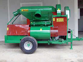 Facma Trailed Nut Harvester C380T - picture0' - Click to enlarge