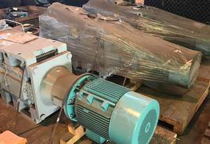 85 kw Geared Motor and Drive 111.2 : 1 Ratio