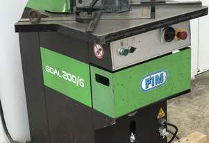 Just In - FIM 200mm x 200mm x 6mm Hydraulic Corner Notcher