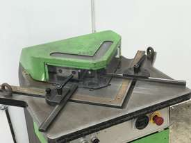 Just In - FIM 200mm x 200mm x 6mm Hydraulic Corner Notcher - picture3' - Click to enlarge