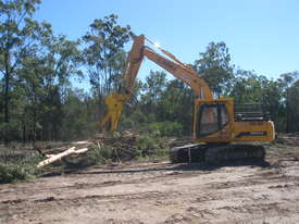 22.0 Tonne Excavator for HIRE - XGMA XG822 - picture3' - Click to enlarge