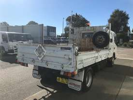 Mitsubishi Canter Tipper Truck - picture5' - Click to enlarge