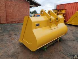 336DL 2120MM BATTER BUCKET - picture1' - Click to enlarge