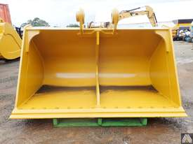 336DL 2120MM BATTER BUCKET - picture2' - Click to enlarge