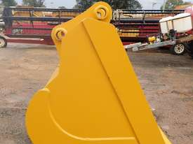 336DL 2120MM BATTER BUCKET - picture3' - Click to enlarge