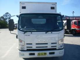 Isuzu NNR200 Furniture Body Truck - picture1' - Click to enlarge