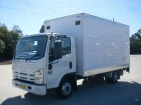 Isuzu NNR200 Furniture Body Truck - picture2' - Click to enlarge