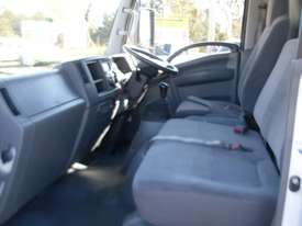 Isuzu NNR200 Furniture Body Truck - picture9' - Click to enlarge