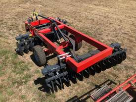 2018 AGROMASTER BUFFALO 20 HEAVY DUTY OFFSET DISCS (2.5M CUT) - picture5' - Click to enlarge