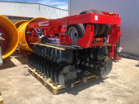 2018 AGROMASTER BUFFALO 20 HEAVY DUTY OFFSET DISCS (2.5M CUT) - picture12' - Click to enlarge