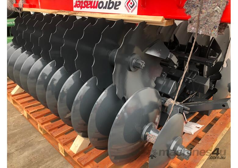 2018 AGROMASTER BUFFALO 20 HEAVY DUTY OFFSET DISCS (2.5M CUT)