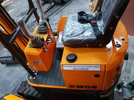 Mini excavator New model rhino xno8  2018  with all attachments  - picture0' - Click to enlarge