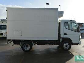 2009 MITSUBISHI CANTER FE Pantech Refrigerated Truck  - picture6' - Click to enlarge