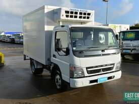 2009 MITSUBISHI CANTER FE Pantech Refrigerated Truck  - picture8' - Click to enlarge
