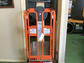 New JLG Eco Lift 50 Non - Powered Vertical Lift - picture6' - Click to enlarge