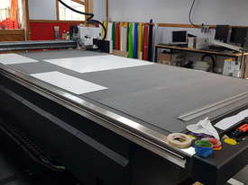 Digital cutting table - picture0' - Click to enlarge