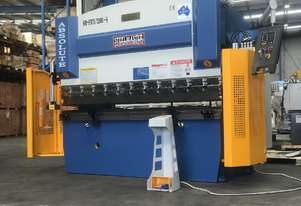 2500mm x 70Ton 2 Axis NC Programmable Pressbrake