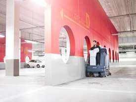 Nilfisk SC6000 910C Ride On Scrubber Dryer (Cylindrical) - picture6' - Click to enlarge
