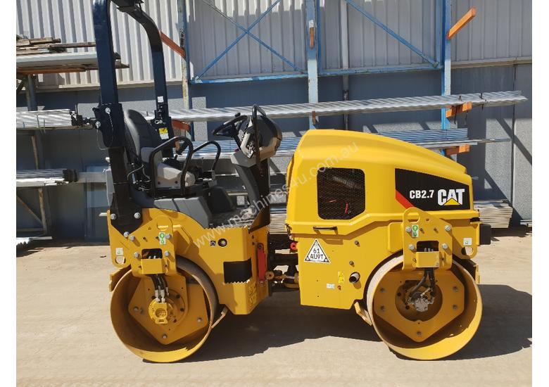 USED CAT CB-224D 3T TWIN DRUM ROLLER