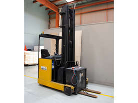 1.6T Battery Electric Sit Down Reach Truck - picture1' - Click to enlarge