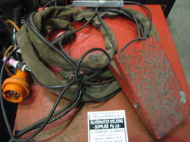 USED LINCOLN IDEALARC 250/250 with Foot Control - picture1' - Click to enlarge
