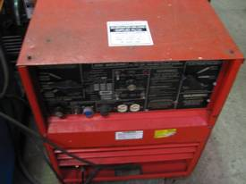 USED LINCOLN IDEALARC 250/250 with Foot Control - picture2' - Click to enlarge