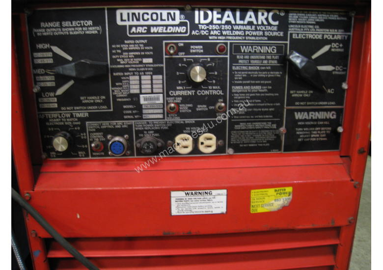 USED LINCOLN IDEALARC 250/250 with Foot Control