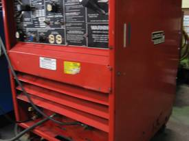 USED LINCOLN IDEALARC 250/250 with Foot Control - picture4' - Click to enlarge