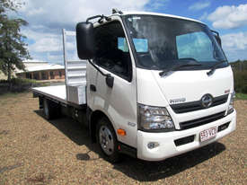 Hino 617 - 300 Series Tray Truck - picture0' - Click to enlarge
