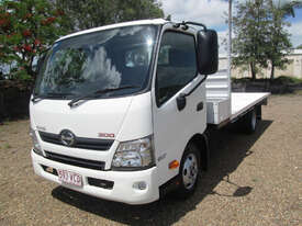 Hino 617 - 300 Series Tray Truck - picture1' - Click to enlarge