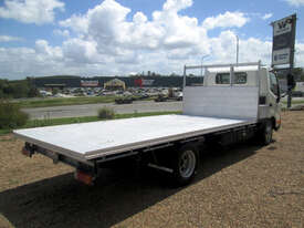 Hino 617 - 300 Series Tray Truck - picture5' - Click to enlarge