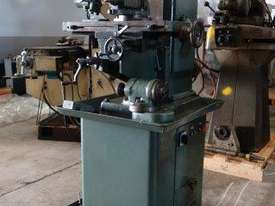Universal Milling Machine - picture0' - Click to enlarge
