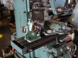 Universal Milling Machine - picture1' - Click to enlarge